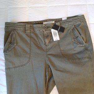 Torrid Army Green Crop Pants size 18